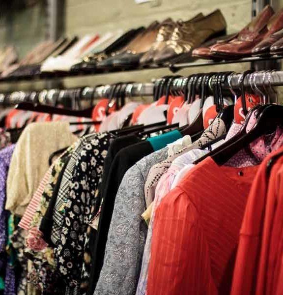 Модные материалы в одежде и фурнитура.